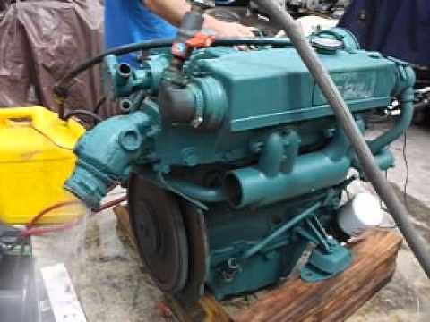 Running VOLVO PENTA MD22L 4 Cylinder sel - YouTube