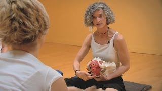 Йога для женщин - почему нужна женская практика йоги