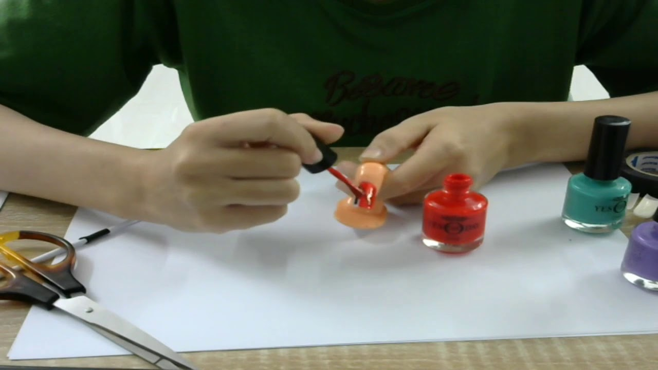 Hướng dẫn sơn móng tay có hình chữ N cực đơn giản