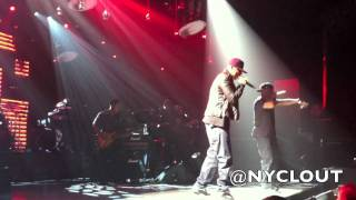 "NYCLOUT.COM: Jay-Z Performs ""Big Pimpin"" Live in NYC"