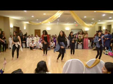 Mock Shaadi 2017: UB Zeal Dance Performance: Pakistani SA at the University at Buffalo (SUNY) hosts Mock Shaadi once a year to showcase our colorful culture!   Here we have our fusion dance team, UB Zeal performing in honor of our fake bride and groom. This video also features our surprise dance performance by the bride herself!   Videography Courtesy of: www.triovisuals.org DJ Courtesy of Yash: @desaii_ on instagram  Decorations Courtesy of Gala Parties Inc: https://www.facebook.com/GalaParties/  University at Buffalo (SUNY)- Student Association All music was used for entertainment purposes only*