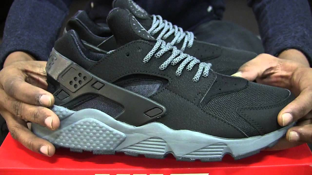 Nike Air Huarache Black & Dark Grey