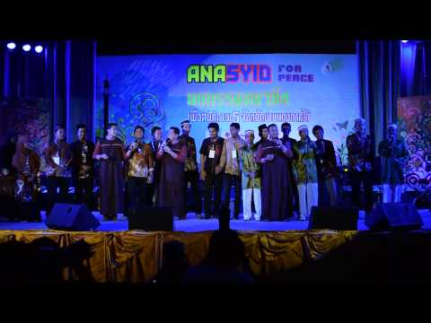 "Yahanana by UNIC and Student Union 2556 staffs ""Anasyid For Peace"" PSU Pattani"