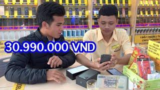 Làm Rớt 30. triệu Cho Iphon 11 Pro | Bị Nhân Viên Nữ Cười || Đur Siu Official 81