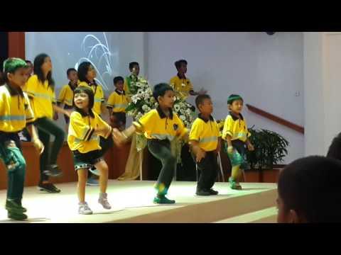 Yesus Terang Dunia - Gerak dan Lagu