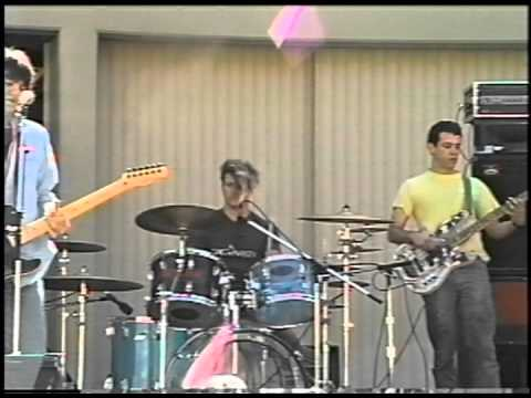 Firehose - under the influence of the Meat Puppets - Santa Monica College 1987