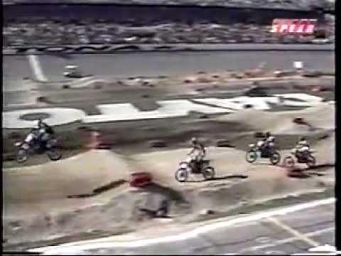 2002 Daytona EA Sports 250cc Supercross Championship Round 9 (125cc East Round 4 of 7) Part 2