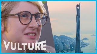Скачать Watch An Architecture Expert Weigh In On Iconic Movie Buildings