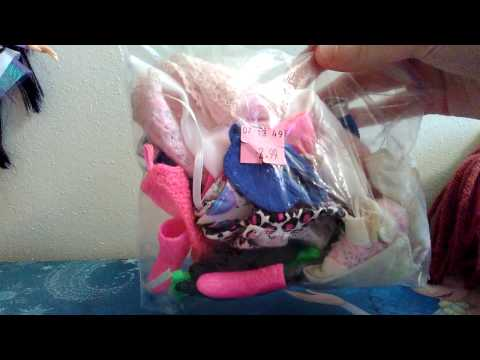 Goodwill Thrift Store Grab Bag of Retro, Vintage Barbie Clothes & Accessories!