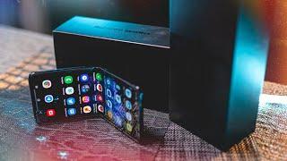 распаковка Samsung Galaxy Z Flip за 120к! Купил и не понял ЗАЧЕМ