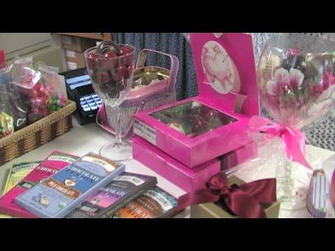 Valentine's Day Gift Ideas - Valentines Day Candy & More