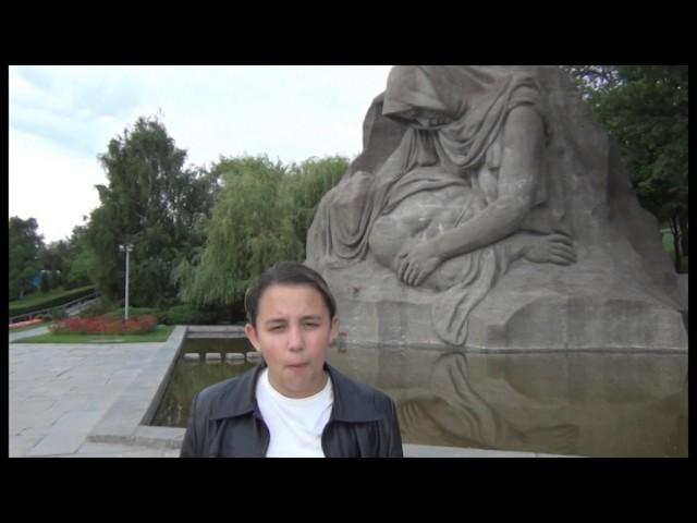 Изображение предпросмотра прочтения – ИринаЕвдокимова читает произведение «Внимая ужасам войны» Н.А.Некрасова