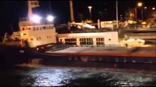Moment boat crashes into bridge in Greece