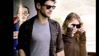 Who is justin bartha dating and ashley olsen