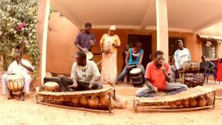 "YAPA feat  Victor Démé - ""Kelemani"" (Pariwaga - Chapa Blues/Naïve) - réal. Rascaprod"