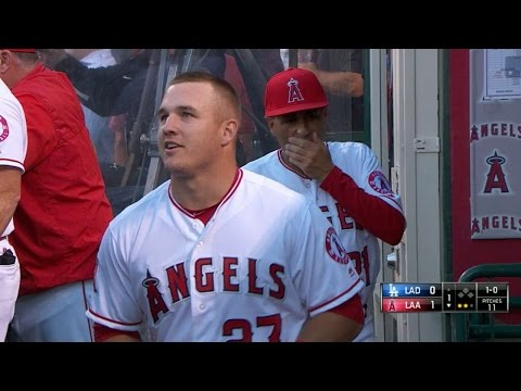 Scully lavishes lofty praise on Trout