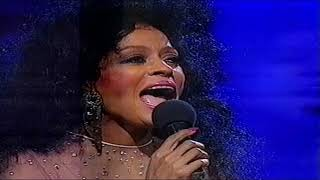 Gambar cover Diana Ross (Royal Variety Performance) Victoria Palace Theatre 1991 HD