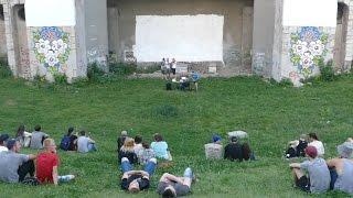 Показ фильмов про Азовское движение