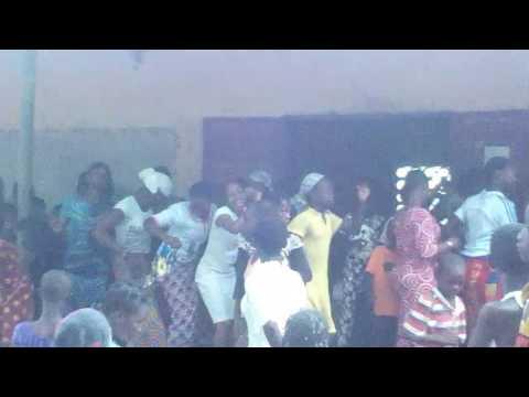 Alabo dance de hiré central