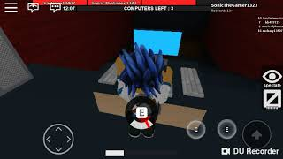 I suck at this game so much!!! Roblox Run Hide and Escape