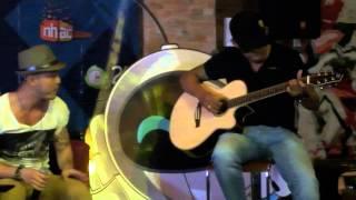 Buông Tay Lặng Im (Acoustic guitar cover)- Ưng Hòang Phúc [Live]