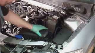 Replacing your car battery (Ford Mondeo Mk4 2007 onwards)(How to replace the battery on your car. In this video I how how to replace the battery on a Ford Mondeo Mk4. I have not added any commentary to this video as it ..., 2013-09-25T17:47:31.000Z)