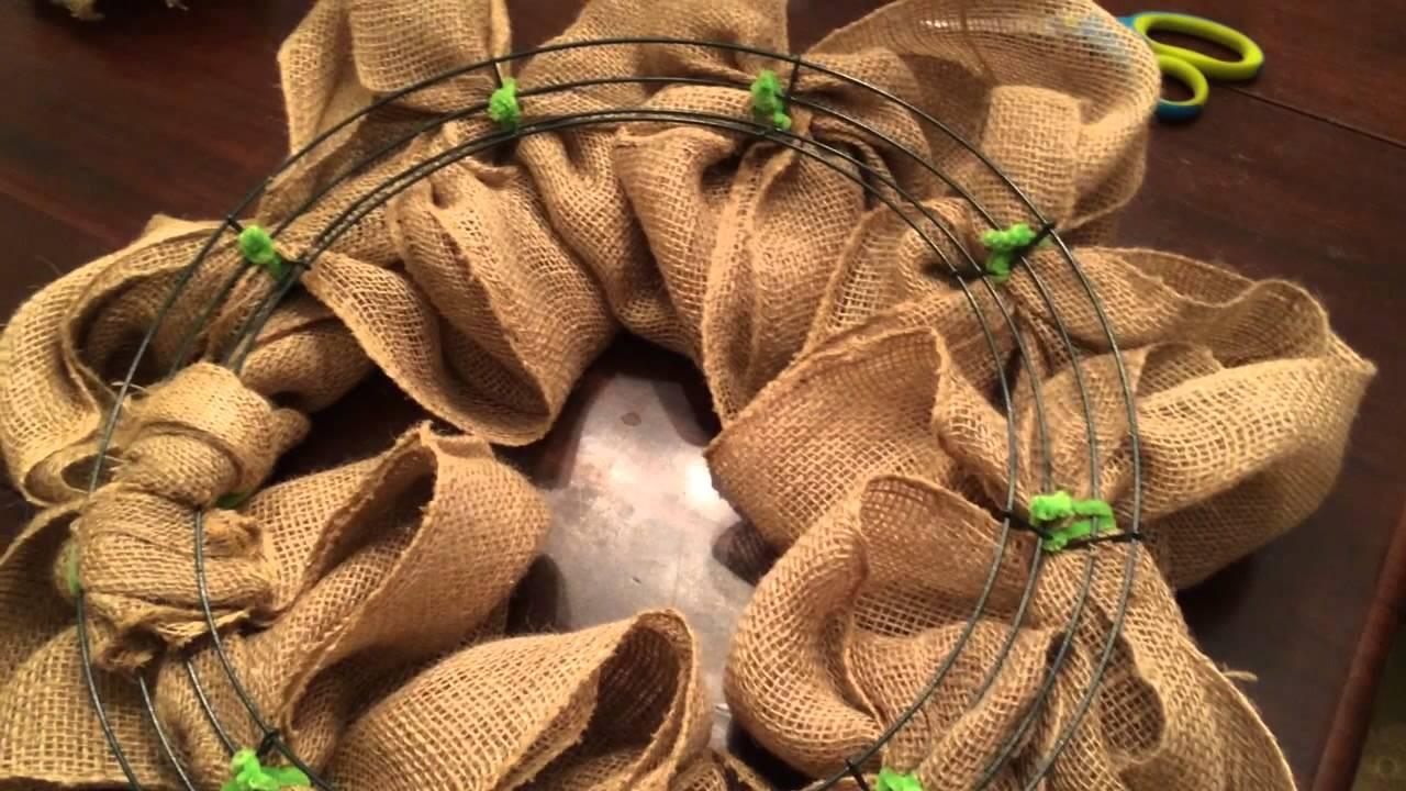 how to make a burlap wreath - Christmas Burlap Wreath
