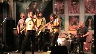 Video SAMMY (El hijo del famoso rockero sevillano Silvio ) y su pedazo de Band en la Sala Akasha - Rezarè download MP3, 3GP, MP4, WEBM, AVI, FLV April 2018