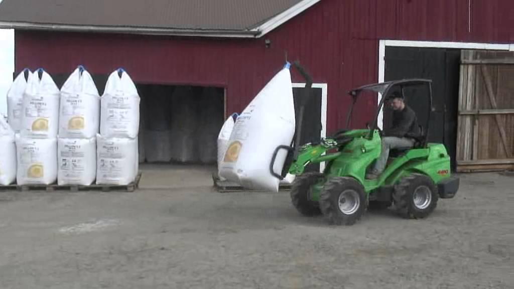 uchwyt transportowy big bag w gospodarstwie rolnym firmy. Black Bedroom Furniture Sets. Home Design Ideas