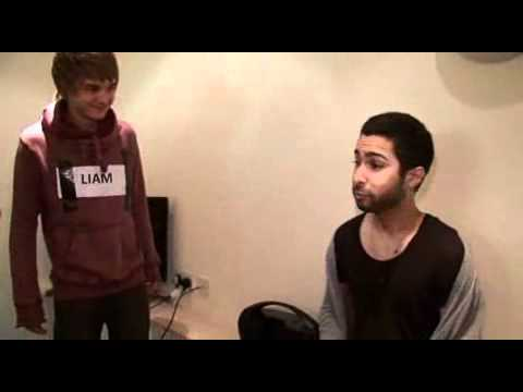 One Direction learn Enrique's 'Creak' - The X Factor 2010
