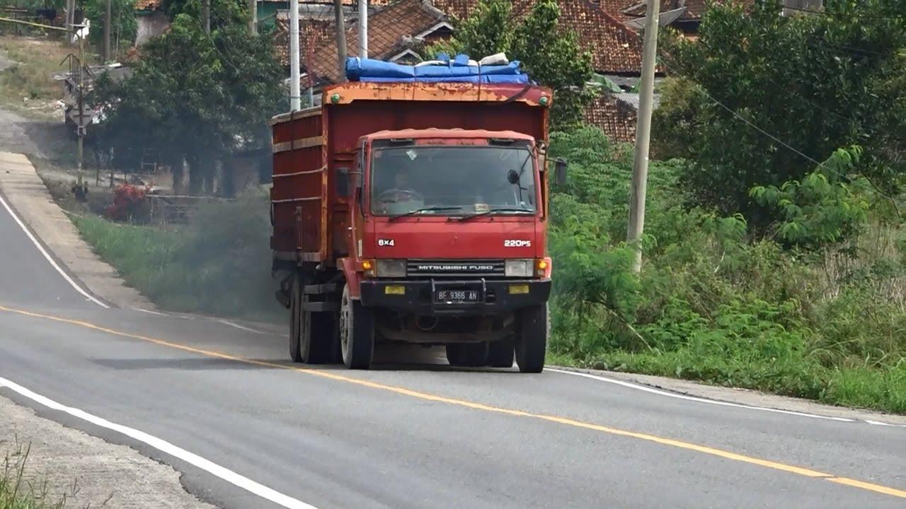 Mitsubishi Fuso Truck 6x4 220PS Hill Climb - Heavy load truck climbing hills