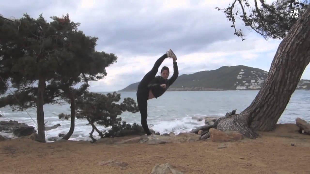 Mulheres Incríveis [Habilidades de Karate] - YouTube