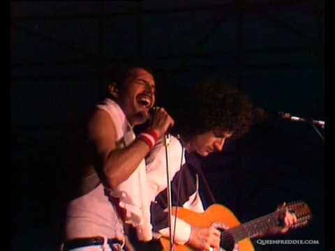 Queen - Love of my life (Live at the Bowl )