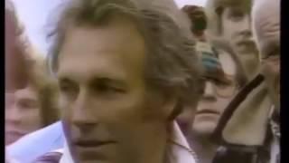 Evel Knievel jumps 14 Greyhound buses. BADASS!