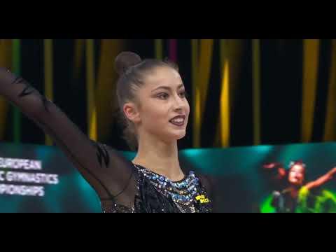 Yeva Meleshchuk Ribbon