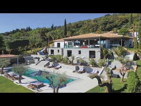 Stunning newly built 9 bedroom villa across the bay from St Tropez - FRV136