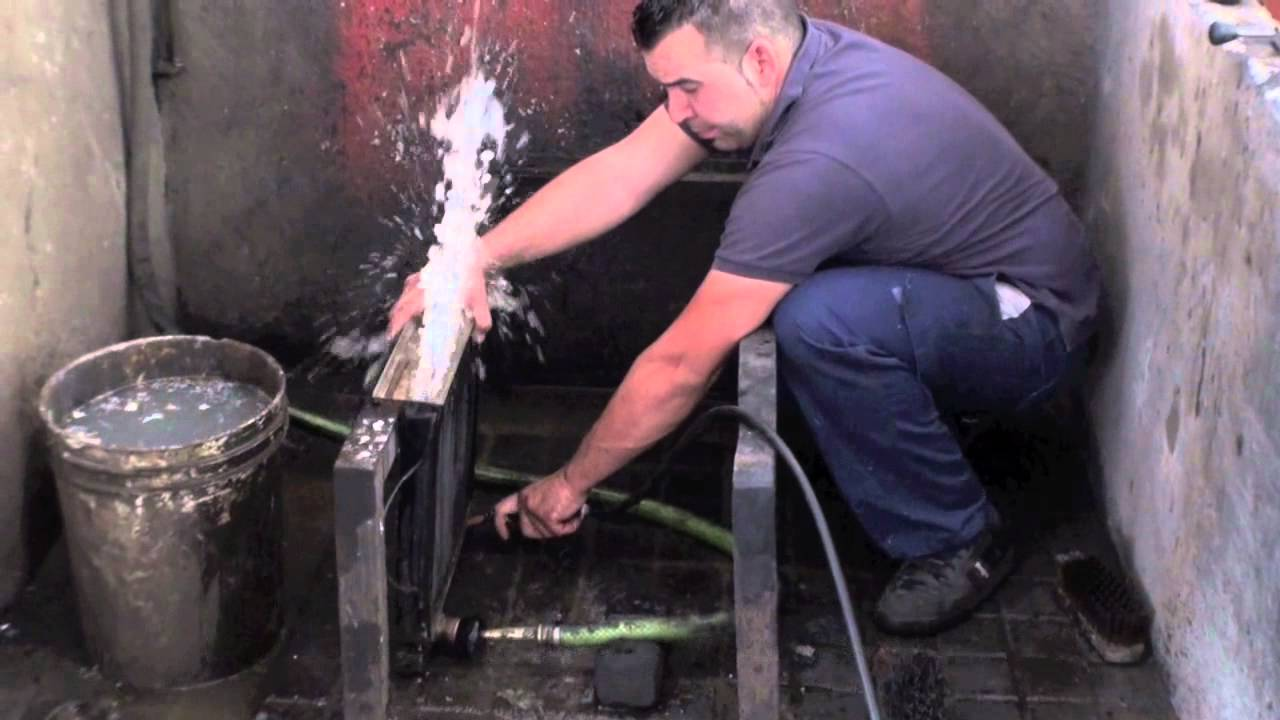 Nettoyage radiateur youtube - Marque de radiateur chauffage central ...