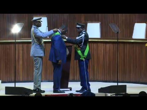 Sénégal : Macky Sall prête serment pour un second mandat   AFP Extrait