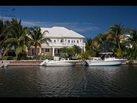 Crystal Harbour | Cayman Islands Sotheby's International Realty