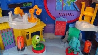 DISNEY'S MONSTERS UNIVERSITY SQUISHEE ROLL-A-SCARE TOY REVIEW