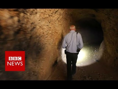 Inside Syrian rebels' tunnel network - BBC News