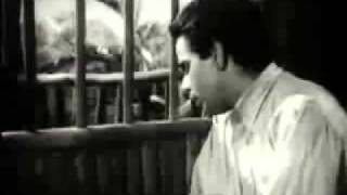 VERY POPULAR OLD INDIAN SONG , HUM DARD KE MAARON KA ATNA - B _ W.wmv