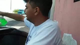 Esse cara o comprador de moto mais engraçado