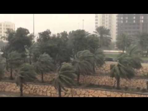 Rain lashes UAE