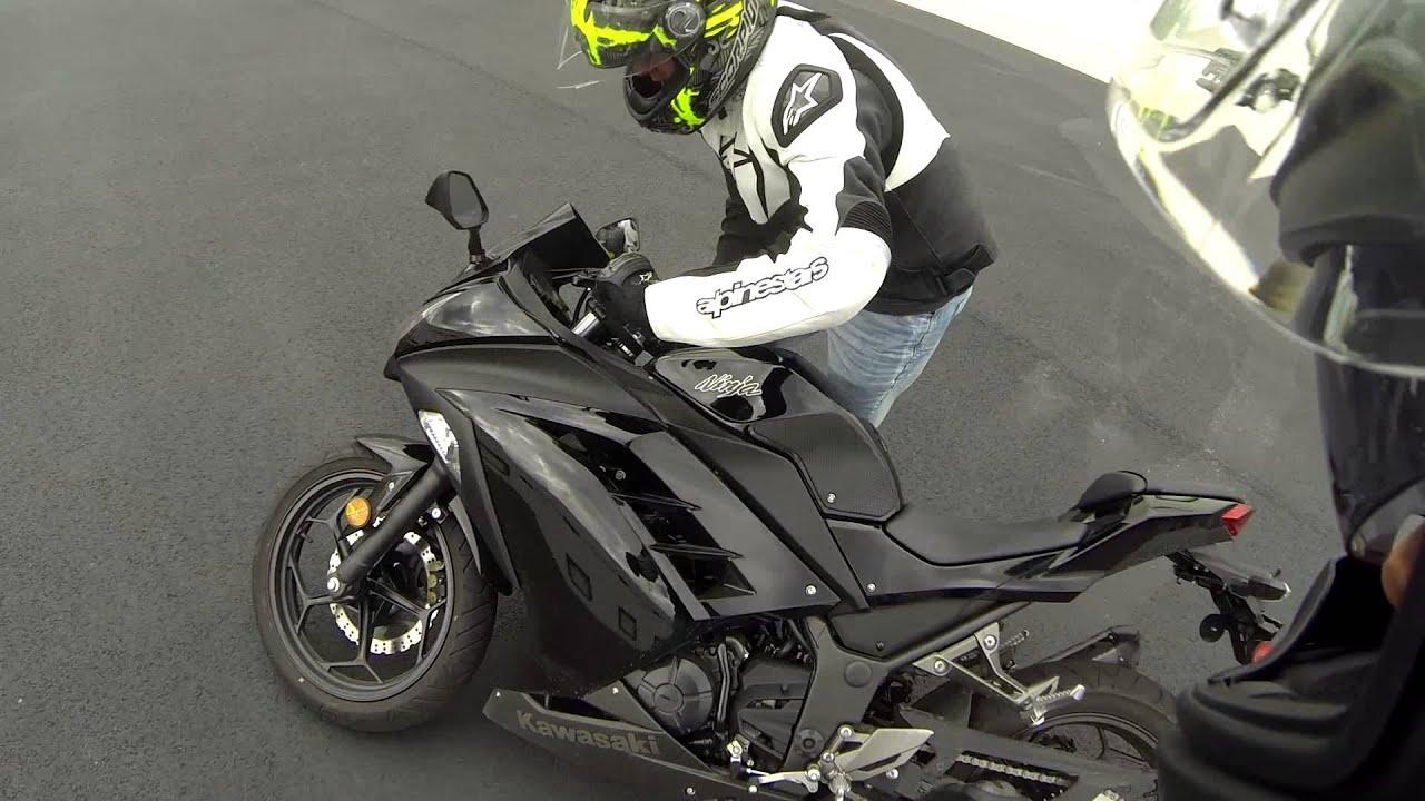 Ninja 300 Wheelie Crash