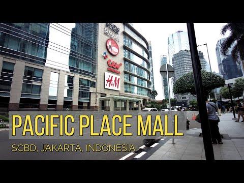 Ini High Class Mall di Jakarta: PACIFIC PLACE. Jangan Masuk, Nanti Minder 😆😆😆