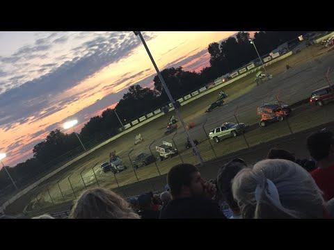 Limaland Motorsports Park Review