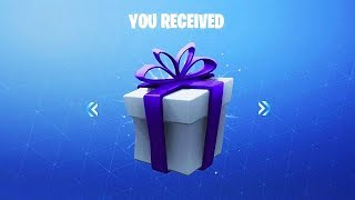 GIFT SKINS IN FORTNITE... LIMIT OF GIFTS! (Fortnite Gift System)