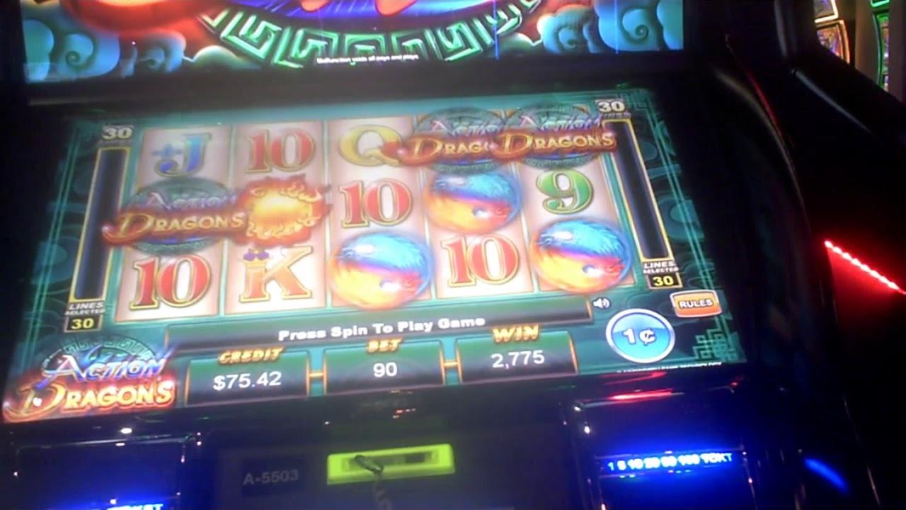 River Royale Slot Machine