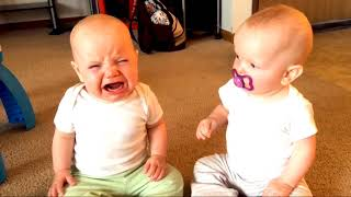 #Funnybabyvideos #Cutebaby #AFV                    Funny Fighting Over Of Cute Baby Hilarious Fails